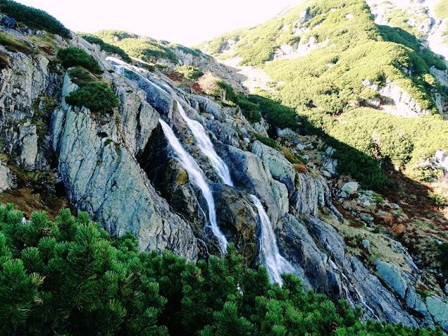 Dolina 5 Stawów - szlak Doliną Roztoki