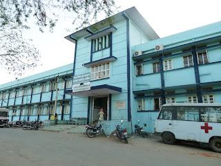 जिला चिकित्सालय में लग रहा अव्यवस्थाओं का अम्बार , विभाग नहीं ले रहा सुध-Disturbing-disorder-in-jhabua-district-hospital-department-not-taking-action