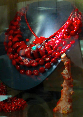ethnic style necklace made from corals
