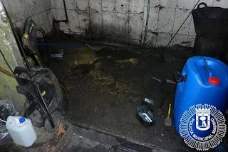 Un taller de Madrid, denunciado por vertidos peligrosos al alcantarillado