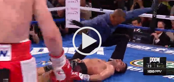 Canelo Alvarez' BRUTAL Knock Out of Amir Khan (FULL REPLAY VIDEO)