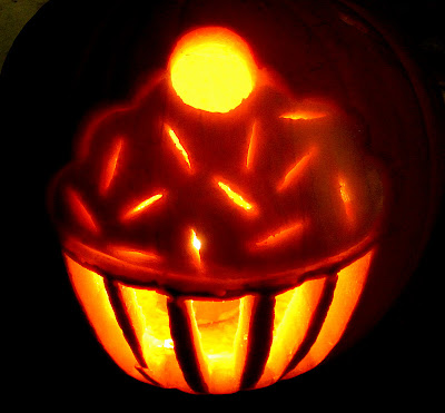 Video How To Carve A Cupcake Jack O Lantern Diy Cupcake
