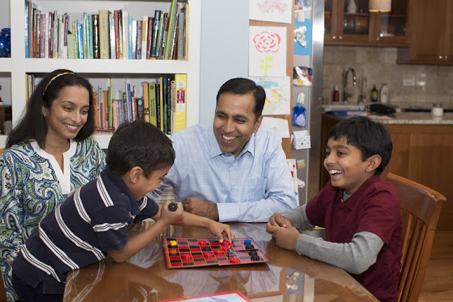 Congressman Raja Krishnamoorthi with his family members