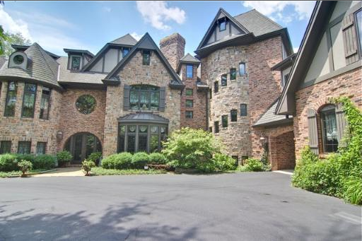 Mansions Amp More Two Castle Like Mansions In Illinois
