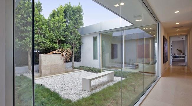 Patios modernos modern style courtyards minimalistas 2015 - Jardines exteriores de casas modernas ...