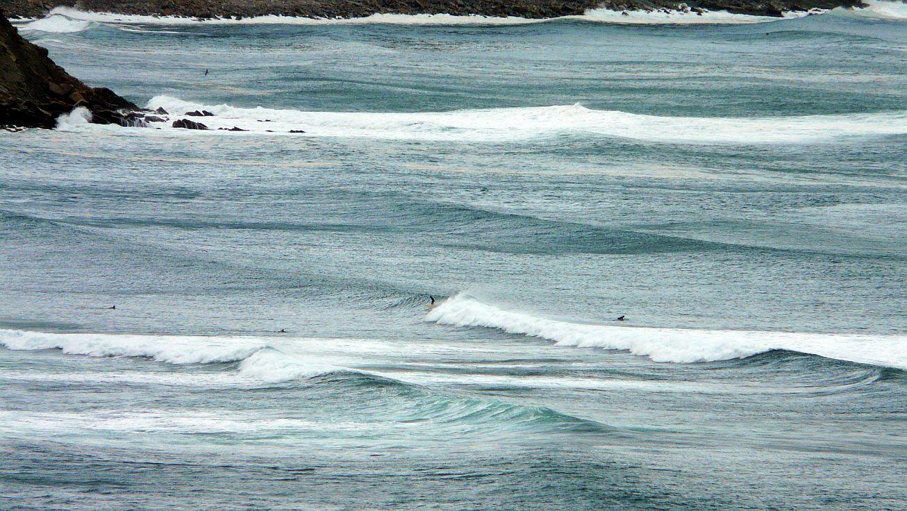 olas grandes en sopela triangu 04