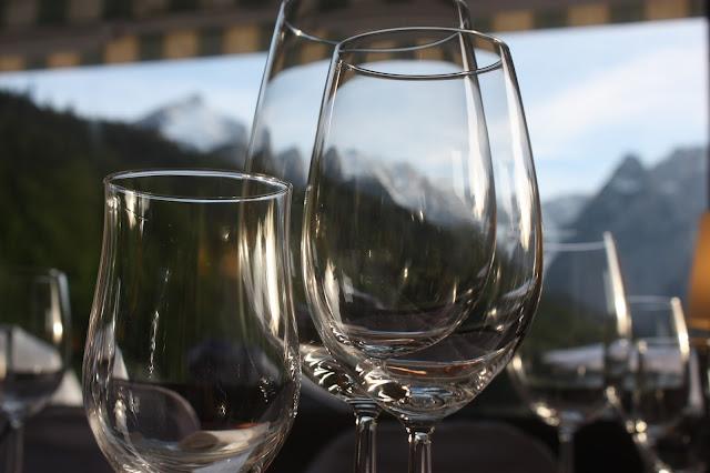 Hochzeit im Seehaus am Riessersee, Hochzeitshotel Garmisch. #wedding venue #Hochzeitshotel #Garmisch #Bavaria #Bayern
