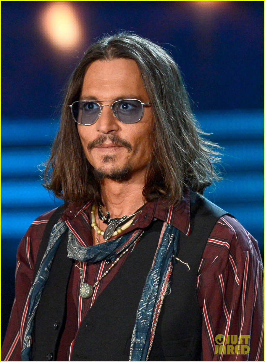 Celeb Diary: Johnny Depp @ 2013 Grammy Awards