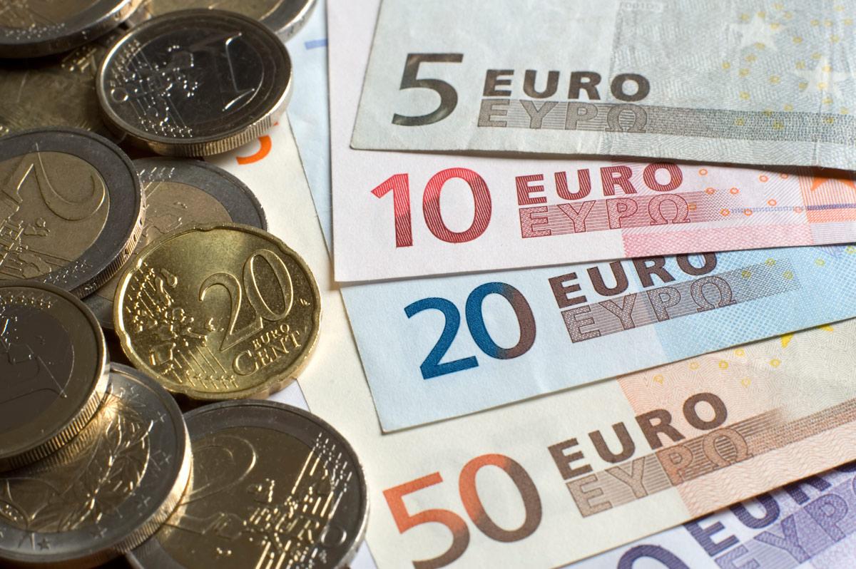 سعر اليورو اليوم الاثنين 1-1-2018 في مصر بالبنوك والسوق السوداء .. والعملة الأوروبية تواصل الارتفاع