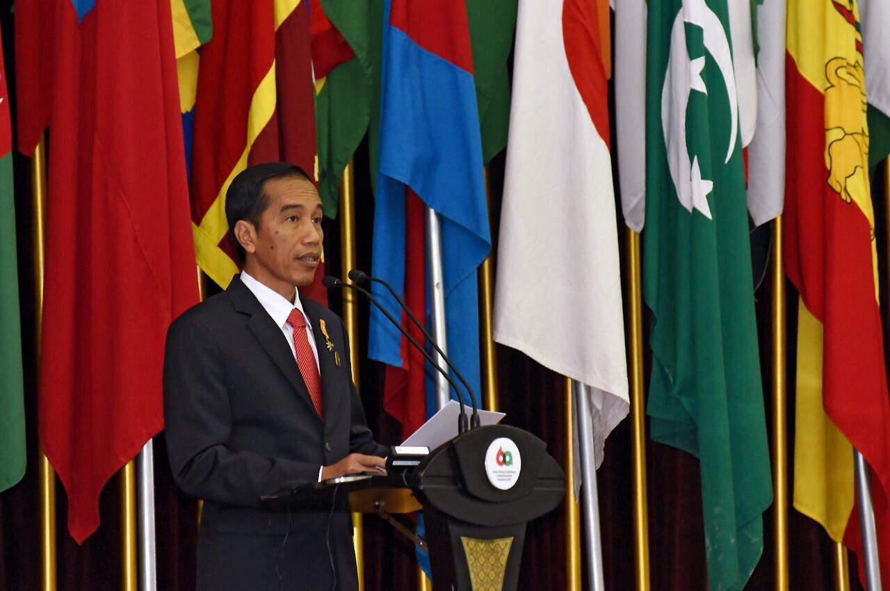 Saat Jokowi Sebut Rivalnya Didukung Organisasi Tertentu