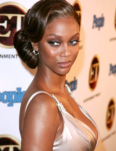 what is the name of tyra banks mother