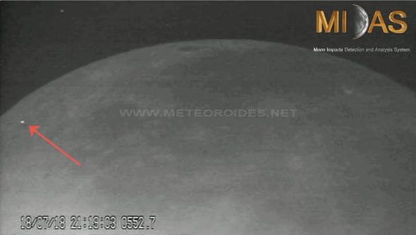 The flashing lights were not UFOs but small meteor hitting the Moon.