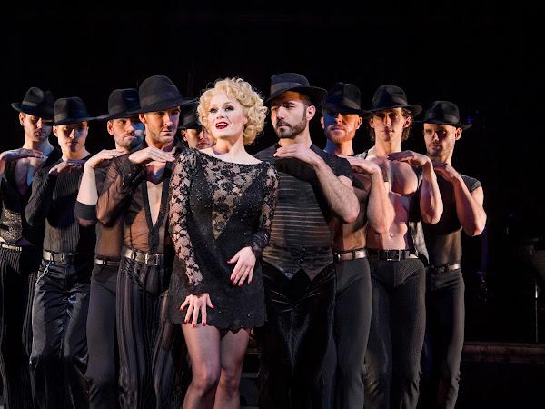 Chicago, Phoenix Theatre | Review