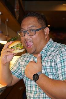 Carlo Andrew Olano, Kalami Cebu, Blogger