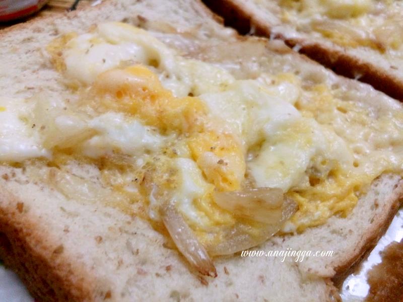 Roti Bakar Telur Cheese