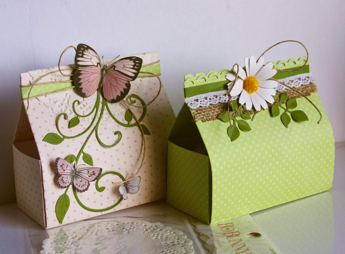 Favor boxes by Bo Bunny design team member Gabrielle Pollacco, template below)