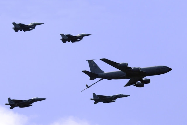 USAF aircraft flypast RIAT 17