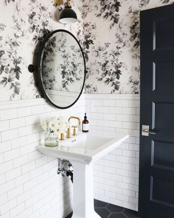 Lamb blonde black white and gold bathrooms for Floral bathroom wallpaper