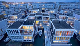 Η απίστευτη πόλη της Ολλανδίας μέσα στο νερό