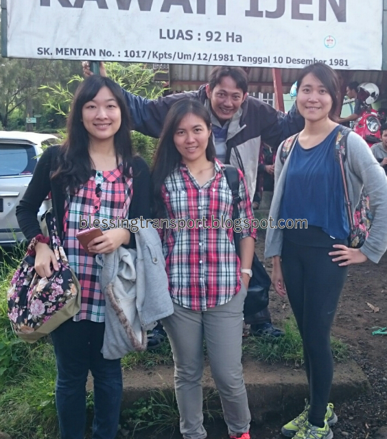 Jialin, Arien, Kim (TW). Transport from Banyuwangi to Ijen-Bromo-Surabaya