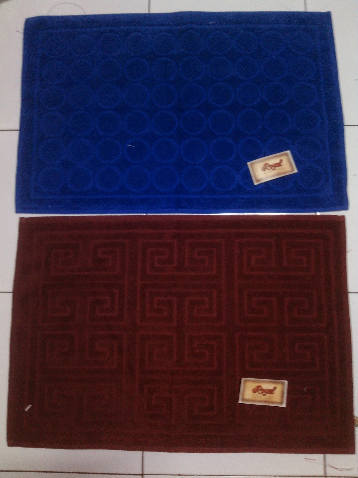 Keset Handuk Royal Blue & Maroon | SupplierHanduk.com