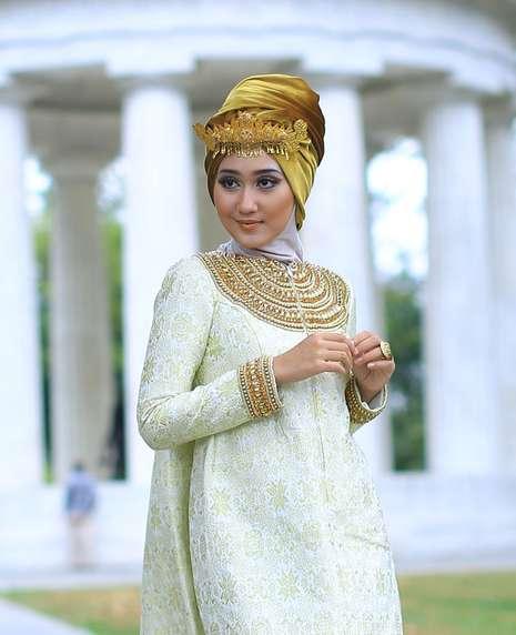 Model Baju Lebaran 2015 Ala Dian Pelangi
