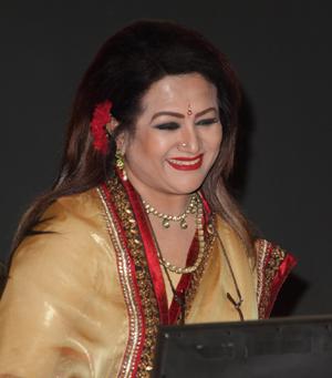 Bangladesh Aunty Spread