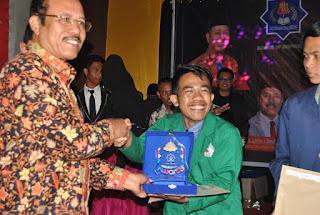 Mahasiswa STAIN Meulaboh Raih Juara I UTU Award Katagori Toko Online