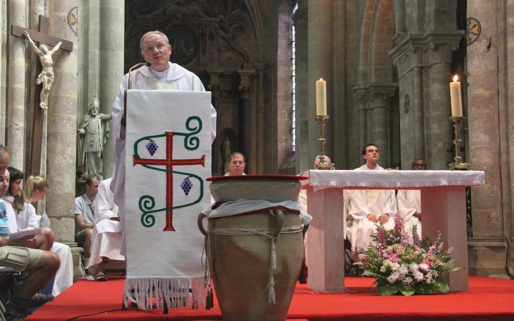 https://www.saintmaximeantony.org/2018/05/dourdan-lhomelie.html