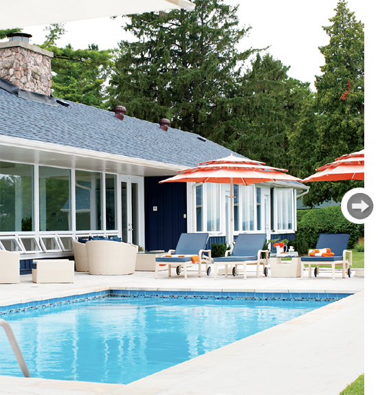 Colorful Lake Michigan Cottage: Seaside Style: A Cheerful Cottage