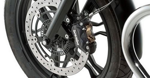 Review Moto Guzzi V7 II