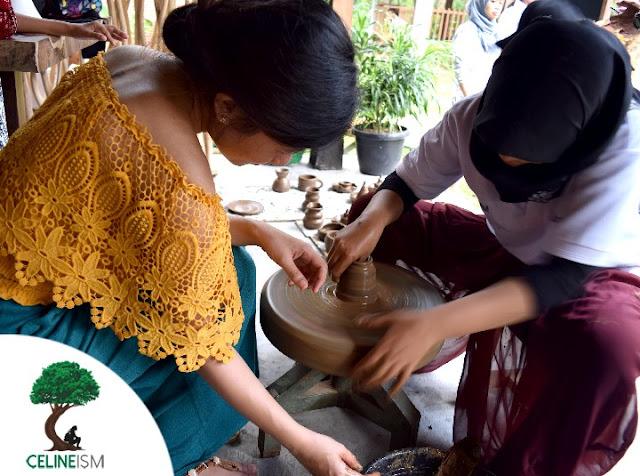 pottery at warung kopi