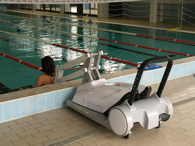i-swim 2 portable operated pool lift