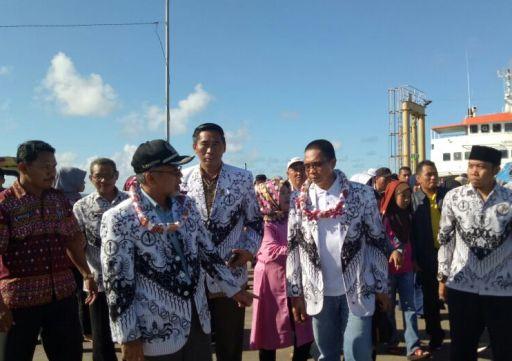 Rombongan PGRI Kabupaten Bantaeng, Tiba Di Selayar