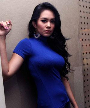 foto hot sexy kartika sari artis indonesia bugil