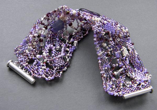 бисер браслет сиреневый фиолетовый фриформ бисероплетение блог