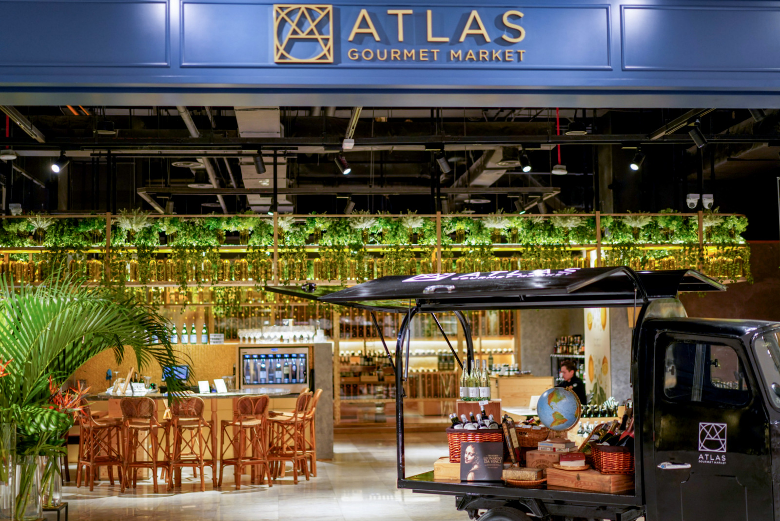 Atlas Gourmet Market, Four Seasons Place