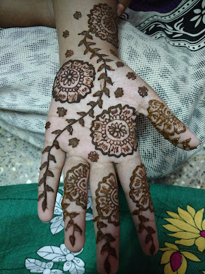 Womens Day 2017 Special Mehendi Designs