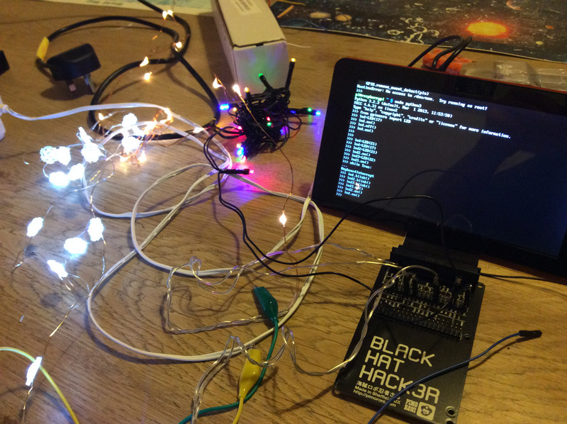 easily distracted christmas lights with raspberry pi and gpiozero