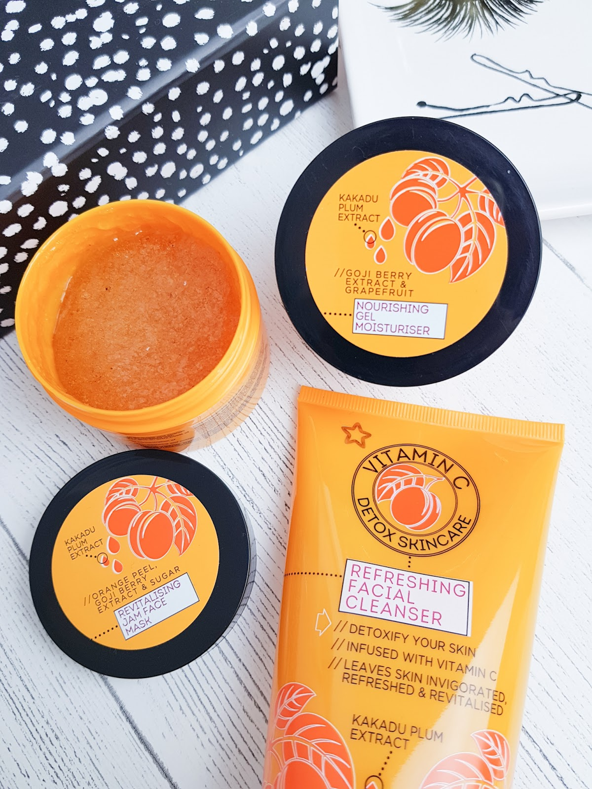 Superdrug Vitamin C Skincare NEW jam mask