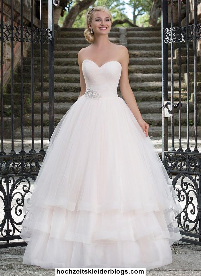 Hochzeitskleid Pompös