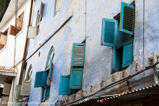 Safari Fusion blog | Africa wrap up | part 1 | The laneways of Zanzibar Old Stone Town | Blue shutters © Kellie Shearwood