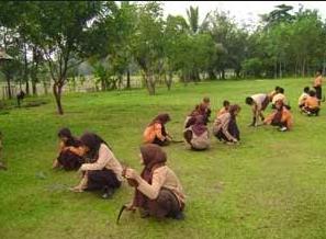 Contoh Gotong Royong dalam Lingkungan Sekolah