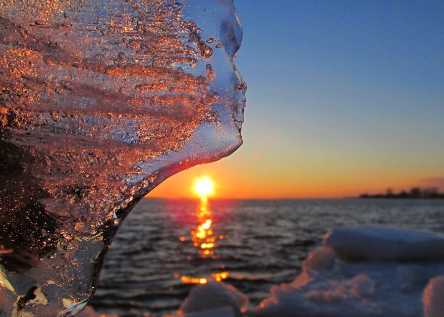 Ice At Sunset A Match That Makes Jewels  Snow Addiction  News about Mountains Ski Snowboard