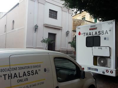 L'autoemoteca Thalassa nel quartiere Pagliarelli