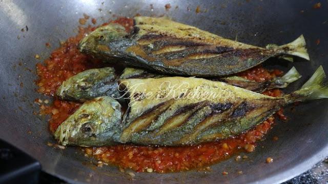 Ikan Selar Goreng Berlado Yang Sangat Sedap