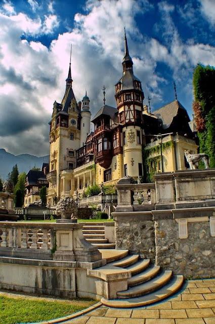 Peleş Castle