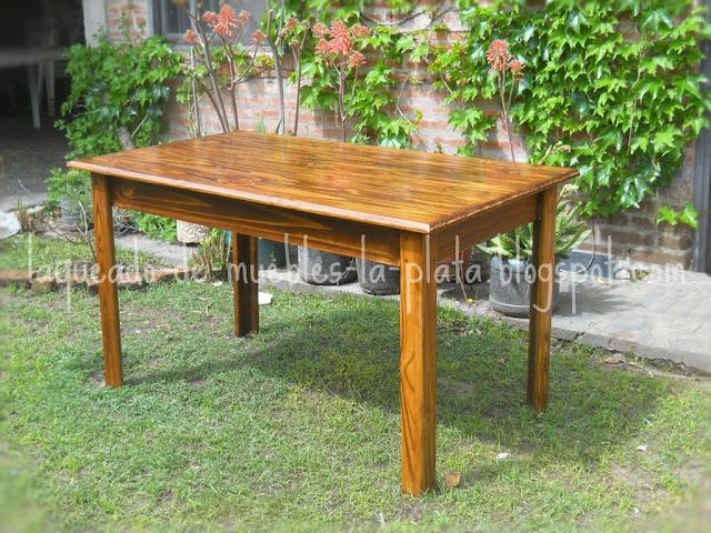 Mesa de pino te ido y laqueado muebles de madera - Como pintar muebles de pino ...