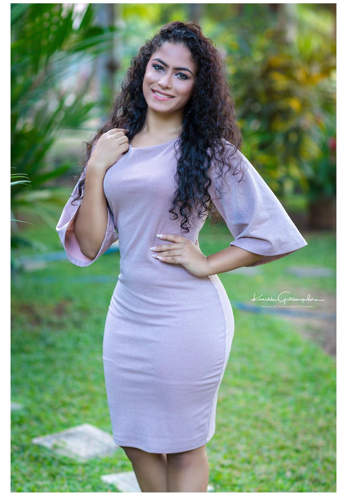 Sinhala sexy actress