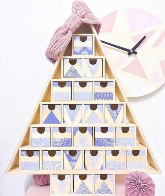 http://monminiwood.tictail.com/product/calendriers-de-lavent-faites-defiler-les-photos